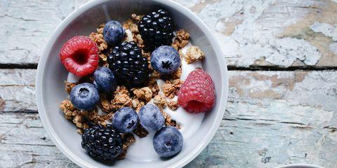 Food, Boysenberry, Fruit, Produce, Natural foods, Berry, Tableware, Blackberry, Frutti di bosco, Dishware,