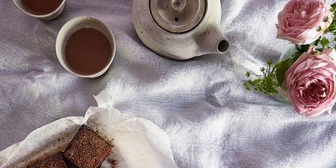 Serveware, Brown, Cuisine, Ingredient, Food, Finger food, Drinkware, Dishware, Liquid, Cup,