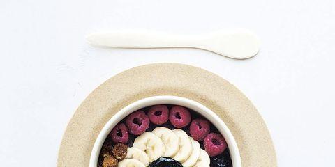 Jewellery, Beige, Ingredient, Circle, Body jewelry, Fruit, Superfood, Breakfast, Produce, Artificial flower,