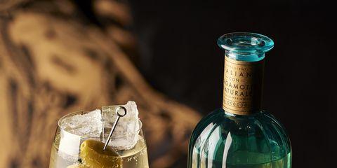 Fluid, Liquid, Glass, Drinkware, Glass bottle, Drink, Bottle, Alcoholic beverage, Barware, Alcohol,