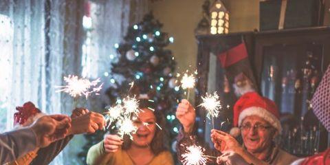Lighting, Event, Serveware, Dishware, Interior design, Christmas decoration, Hat, Tableware, Table, Interior design,