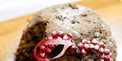 Red, Ingredient, Jewellery, Spice, Natural material, Body jewelry, Craft, Seasoning,