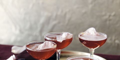 Glass, Stemware, Fluid, Drink, Barware, Drinkware, Alcoholic beverage, Red, Liquid, Tableware,