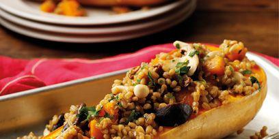 Food, Cuisine, Ingredient, Dish, Tableware, Hot dog bun, Dishware, Serveware, Meal, Hot dog,