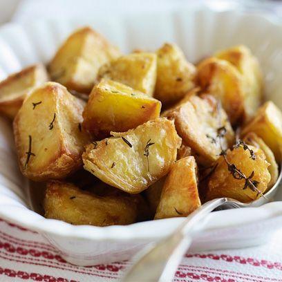 Heston Blumenthal's roast potatoes with garlic and rosemary recipe