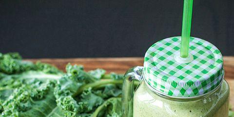 Green, Ingredient, Leaf vegetable, Vegetable, Food, Dishware, Serveware, Whole food, Produce, Natural foods,