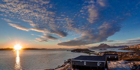 Sun, Cloud, Astronomical object, House, Log cabin, Sunrise, Sunlight, Roof, Sunset, Evening,