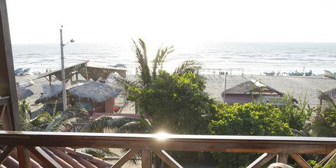 Leisure, Elbow, Comfort, Summer, Outdoor furniture, Hammock, Vacation, Sitting, Resort, Lap,
