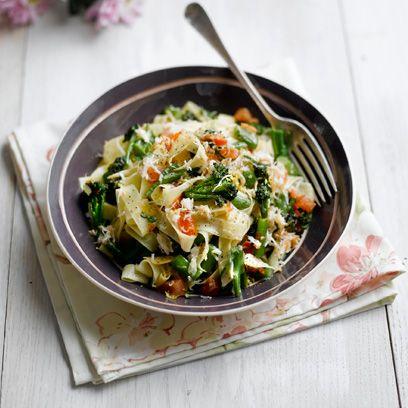 Crab and broccoli tagliatelle with lemon and basil recipe