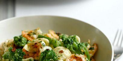 Food, Dishware, Ingredient, Vegetable, Produce, Cuisine, Tableware, Recipe, Serveware, Leaf vegetable,