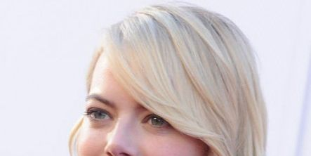 Hair, Face, Blond, Hairstyle, Eyebrow, Chin, Lip, Beauty, Skin, Hair coloring,