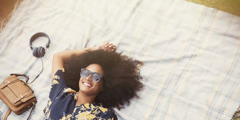 Hair, Eyewear, Hairstyle, Glasses, Cool, Photography, Afro, Fawn, Vintage clothing, Black hair,