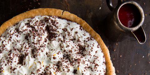 Dish, Food, Cuisine, Dessert, Ingredient, Baked goods, Cream pie, Butter pie, Whipped cream, Pie,