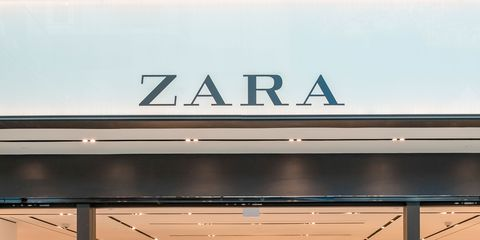 Building, Outlet store, Shopping mall, Boutique, Retail, Airport, Interior design, Shopping, City,