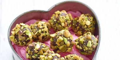 Yellow, Purple, Magenta, Violet, Recipe, Superfood, Pistachio, Vegetarian food, Bowl, Snack,
