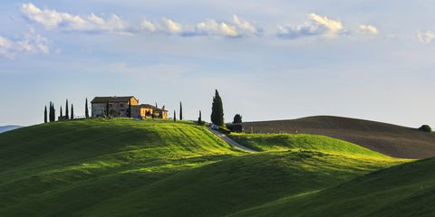 Nature, Grass, Green, Mountainous landforms, Hill, Landscape, Natural landscape, Field, Highland, Farm,