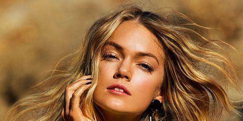 Hair, Lip, Hairstyle, Eyelash, Earrings, Jewellery, Style, Beauty, Long hair, Wrist,