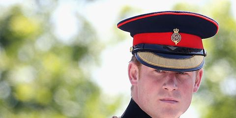 Uniform, Cap, Collar, Headgear, Costume accessory, Peaked cap, Military person, Non-commissioned officer, Tradition, Badge,
