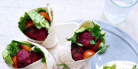 Food, Serveware, Ingredient, Produce, Leaf vegetable, Dishware, Vegetable, Cuisine, Tableware, Drinkware,