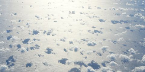 Sky, Cloud, Daytime, Blue, Water, Atmosphere, Atmospheric phenomenon, Snow, Winter, Meteorological phenomenon,
