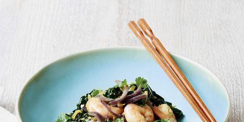 Food, Cuisine, Ingredient, Leaf vegetable, Tableware, Dishware, Recipe, Produce, Kitchen utensil, Bowl,