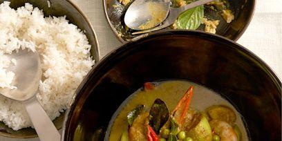 Food, Dishware, Cuisine, Ingredient, Dish, Soup, Recipe, Stew, Meat, Bowl,
