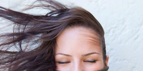 Lip, Hairstyle, Eyebrow, Textile, Eyelash, Beauty, Wool, Brown hair, Close-up, Woolen,