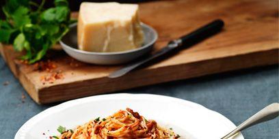 Food, Cuisine, Ingredient, Tableware, Dish, Noodle, Dishware, Recipe, Chinese noodles, Pasta,