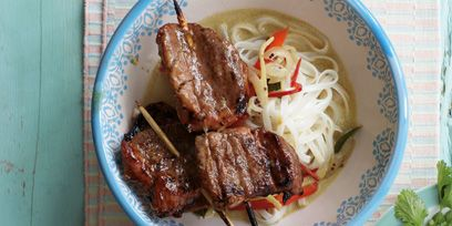 Food, Cuisine, Ingredient, Soup, Noodle, Dish, Meat, Tableware, Chinese noodles, Rice vermicelli,