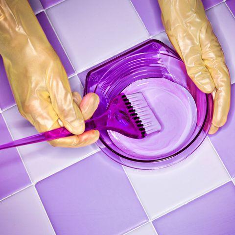 Purple, Violet, Magenta, Kitchen utensil, Lavender, Plastic, Material property, Toilet, Homemaker, Household supply,