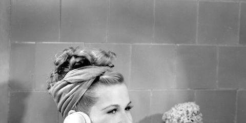 Photograph, Black, Bathtub, Black-and-white, Bathing, Beauty, Snapshot, Monochrome, Child, Bathroom,