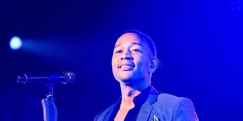 Performance, Music artist, Entertainment, Blue, Performing arts, Singer, Song, Singing, Event, Music,