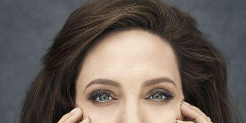 Face, Hair, Eyebrow, Beauty, Skin, Lip, Chin, Head, Cheek, Hairstyle,