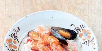 Food, Ingredient, Seafood, Arthropod, Seafood boil, Serveware, Dishware, Shrimp, Shellfish, Recipe,