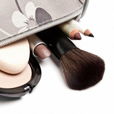 Brush, Skin, Material property, Cosmetics, Beige, Face powder,