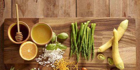 Food, Ingredient, Leek, Mortar and pestle, Vegetable, Plant, Herb, Natural foods, Produce, Superfood,