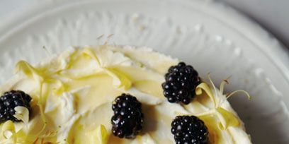 Food, Cuisine, White, Sweetness, Fruit, Ingredient, Blackberry, Black, Dish, Frutti di bosco,