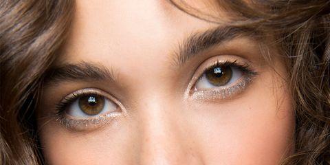 Face, Hair, Eyebrow, Lip, Cheek, Nose, Hairstyle, Beauty, Chin, Skin,
