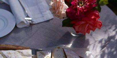 Dishware, Serveware, Food, Petal, Plate, Finger food, Tableware, Baked goods, Meal, Breakfast,