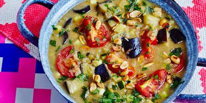 Food, Cuisine, Ingredient, Vegetable, Produce, Dish, Tableware, Recipe, Leaf vegetable, Spoon,