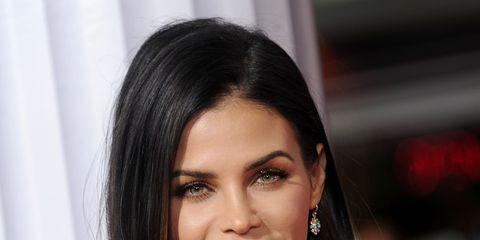 Hair, Face, Hairstyle, Shoulder, Eyebrow, Chin, Lip, Beauty, Black hair, Skin,