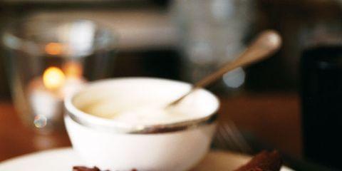 Serveware, Food, Dishware, Tableware, Dessert, Cuisine, Plate, Dish, Ingredient, Baked goods,