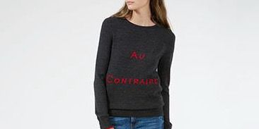 Clothing, Jeans, Sleeve, Blue, Neck, T-shirt, Outerwear, Sweater, Denim, Shoulder,