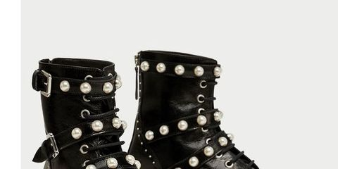 Footwear, Boot, Shoe, Work boots, Motorcycle boot, Durango boot, Snow boot, Buckle, Hiking boot, Leather,