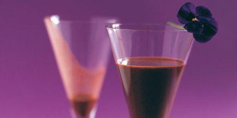 Liquid, Stemware, Drinkware, Glass, Fluid, Drink, Alcoholic beverage, Barware, Tableware, Distilled beverage,