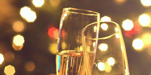 Champagne stemware, Stemware, Drink, Wine glass, Drinkware, Alcoholic beverage, Glass, Champagne, Champagne cocktail, Wine,