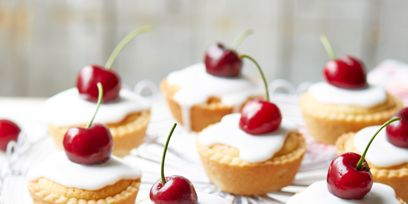 Food, Finger food, Cuisine, Sweetness, Ingredient, Baked goods, Dessert, Fruit, Produce, Dish,