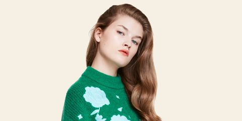 Clothing, Green, Sweater, Sleeve, Outerwear, Long-sleeved t-shirt, Neck, Shoulder, Top, Wool,