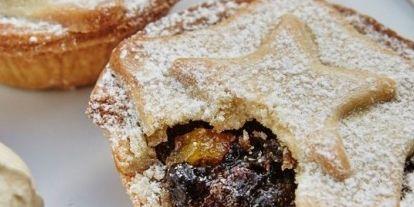 Dish, Food, Cuisine, Mince pie, Ingredient, Dessert, Baked goods, Produce, Baking, Pie,