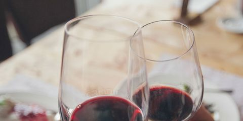 Wine glass, Stemware, Red wine, Glass, Wine, Drink, Champagne stemware, Wine tasting, Drinkware, Alcoholic beverage,